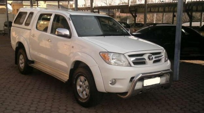 "Hilux Raider 4L V6 4×4, Hyundai Accent 1600 – ""great saving"" P. COETZEE – BLOEMFONTEIN"